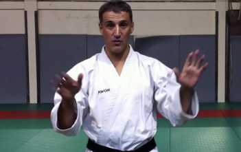 warning-bruno-bandelier-karate-blog-net