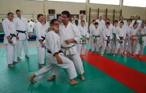 Johnny Gence Sensei and Bruno Bandelier in Bunkai on Heian Shodan